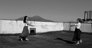 """Noemi Gherrero al PAN di Napoli dal 7 luglio inaugura la sua mostra """"Scomposizioni e fughe nell'anima - Arte Pandemica""""."""