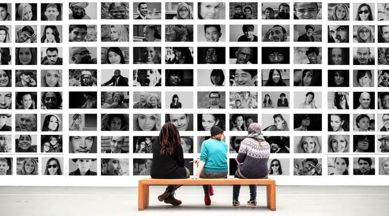 Tornano le pillole mensile di Dizionario alla mano, oggi analiziamo i termini popolo, etnia e razza. Podcast e articolo