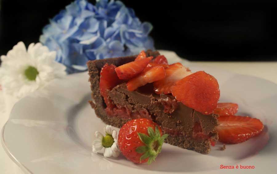 Crostata tentazione al cioccolato e fragole vegan senza glutine
