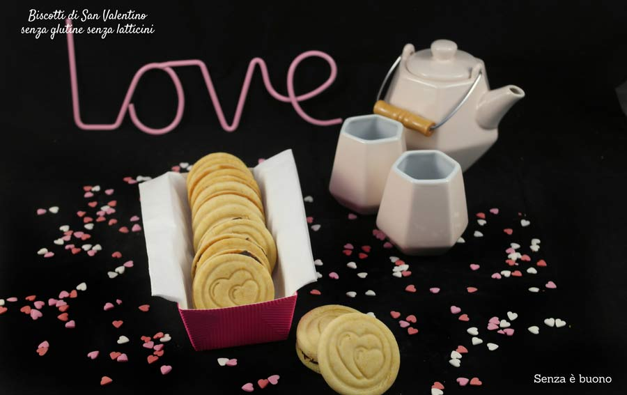 Biscotti di San Valentino senza glutine senza latticini