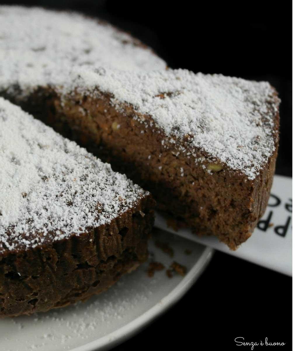 Torta con farina di cocco senza glutine senza lattosio
