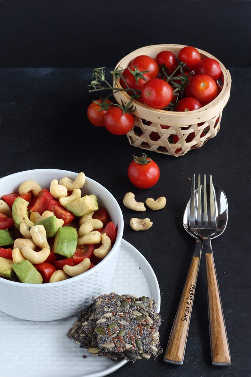 Insalatona fresca e sana ricetta per l'estate