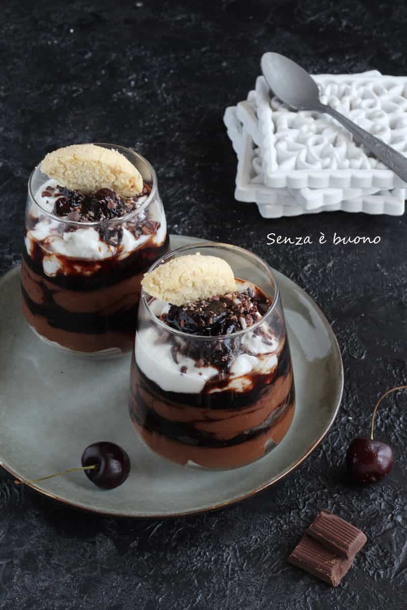 Dessert trifle Foresta nera