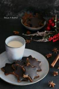 Biscotti stella di natale senza farina vegan