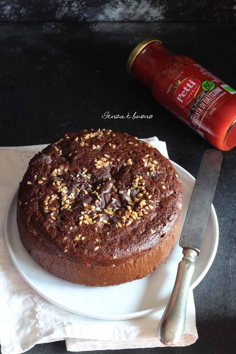 Torta dolce al pomodoro senza glutine