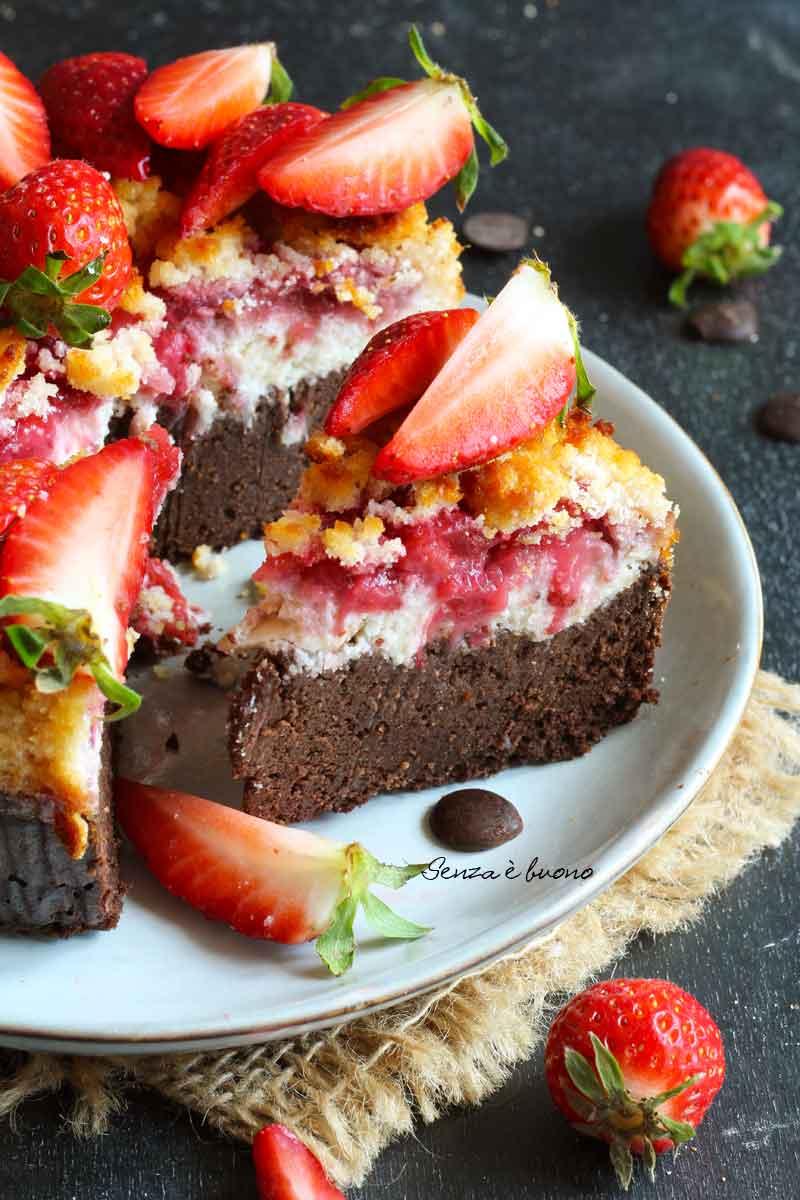 torta fragole e cioccolato senza glutine vegan