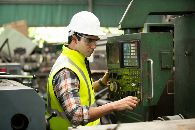 You are currently viewing How to Improve Manufacturing Production Rates Without Burning Out Your Employees