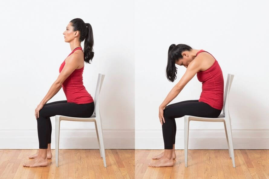 Yoga sur chaise - chat-vache assis
