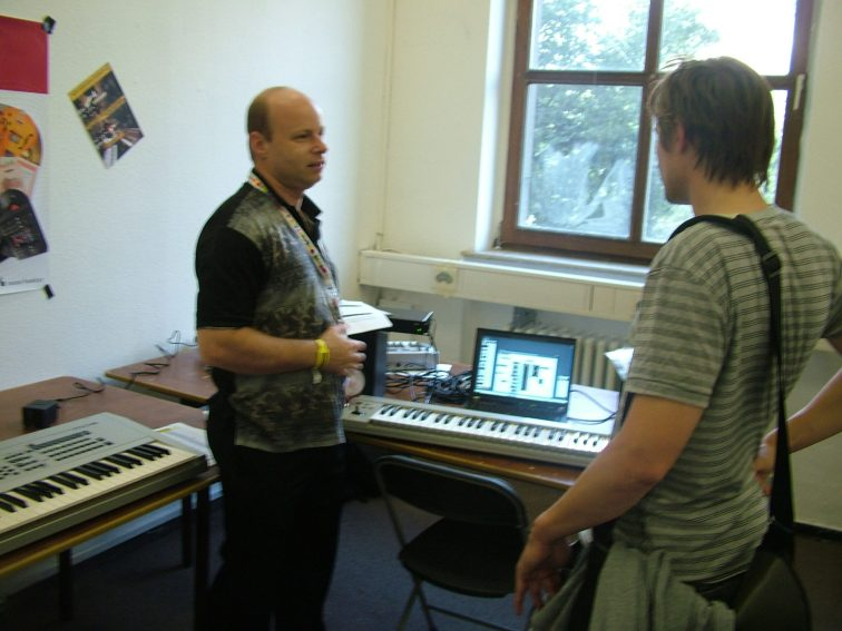 synthesizermagazin_155