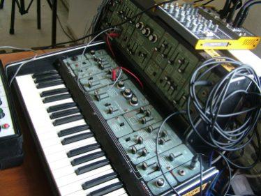 synthesizermagazin_24