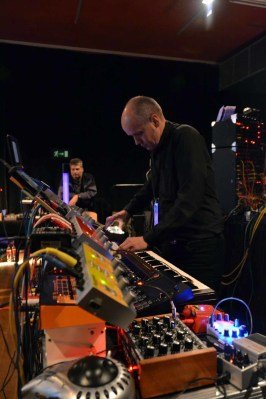 Dinosaurier-Synthmeeting_292