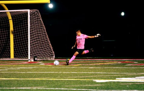 Sequoit Soccer Falls to Grayslake