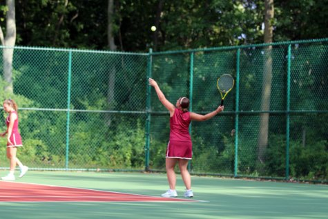 Girls Tennis Loses Tough Match to Warren