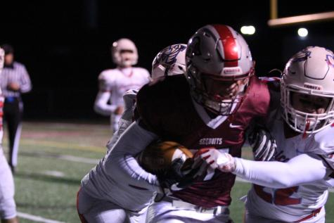 Sequoits Move to 8-0