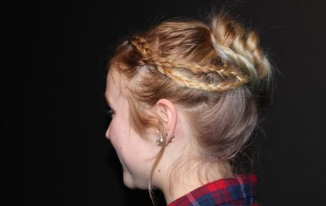 Trendy Hairstyles to Try For Prom
