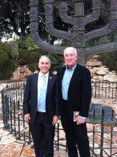 Author Steven Pressfield (right) with his mentor Rabbi Danny Grossman in Israel.