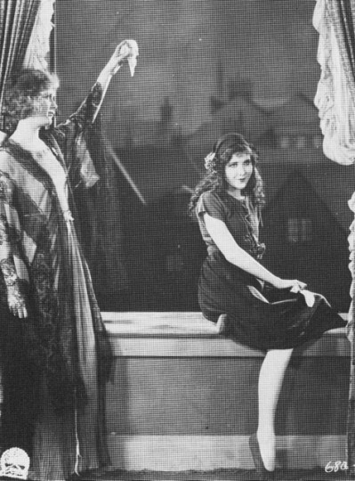 Peter Pan, 1921, Esther Ralston, left, plays Mrs. Darling. Mary Brian is her daughter Wendy. Esther was just four years older than Mary.