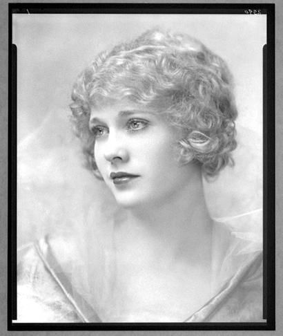 Esther Ralston, at the height of her Hollywood stardom in the 1920's.