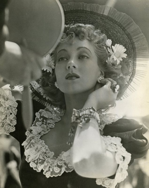 """Sometimes I'll watch an old movie on television and, once in a while, one of mine, such as April Showers, will come on and I'll watch it. And you know something? I'm always amazed at what a lousy actress I was. I guess in the old days we just got by on glamour."" —Ann Sothern"
