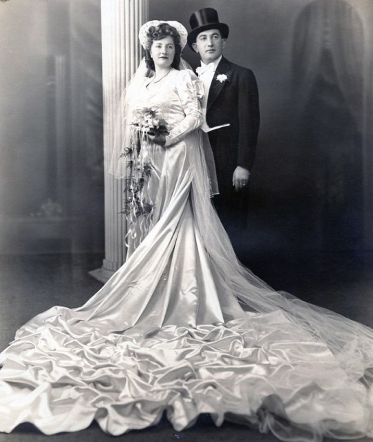 In 1943, Abraham married my mother, Mina Keiler.