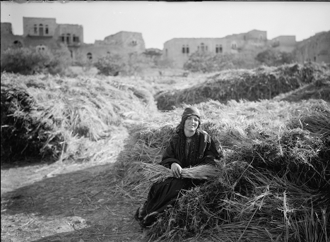 """Photo portrait of """"Ruth the Moabitess"""" (Library of Congress)"""