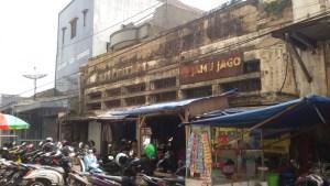 Salah satu sudut di Belakang Pasar Baru Bandung | Foto serbabandung.com