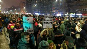 image-2017-01-22-21549678-0-protest-masiv-magheru