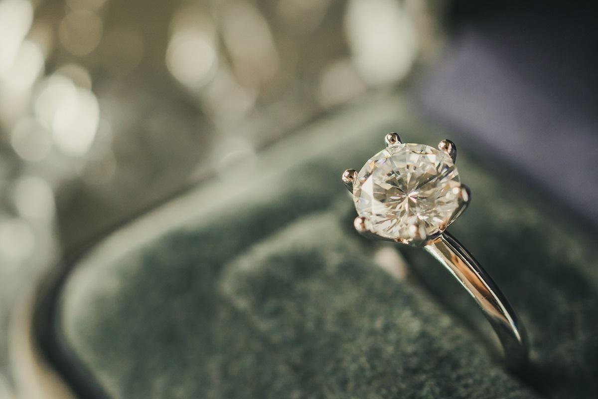 Il Diamante della Memoria: il nuovo servizio di commemorazione della persona cara