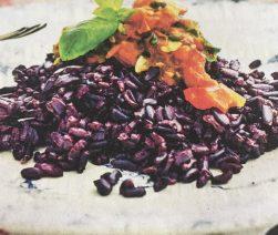 una ricetta a base di Riso Venere - Il suo aroma caratteristico lo rende un ingrediente formidabile per preparare le ricette più insolite.