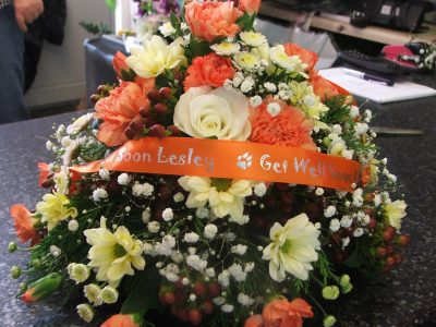 posy-design-with-orange-ribbon