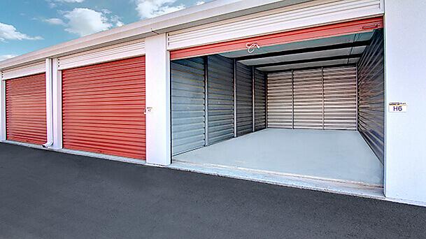 rent storage