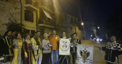 """Il Corteo Storico di Nicosia si è aggiudicato il primo premio alla IX edizione del concorso regionale gruppi storici """"Le nobili casate del Regno di Sicilia"""""""