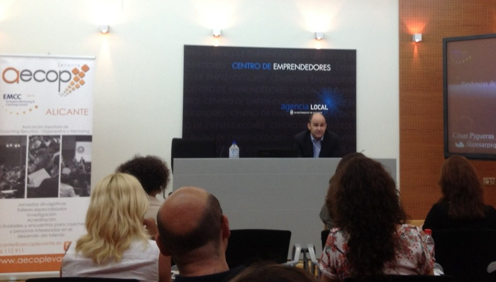 Presentación de Cesar Piqueras en Alicante de la Asociación Española de Coaching Ejecutivo Organizativo y de Mentoring