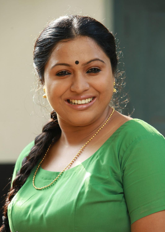 Malayalam Serial Actress - Fun Mixture