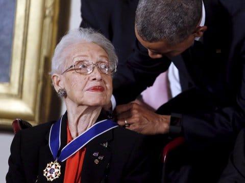 Katherine Johnson récompensée par Barack Obama à l'âge de 97 ans
