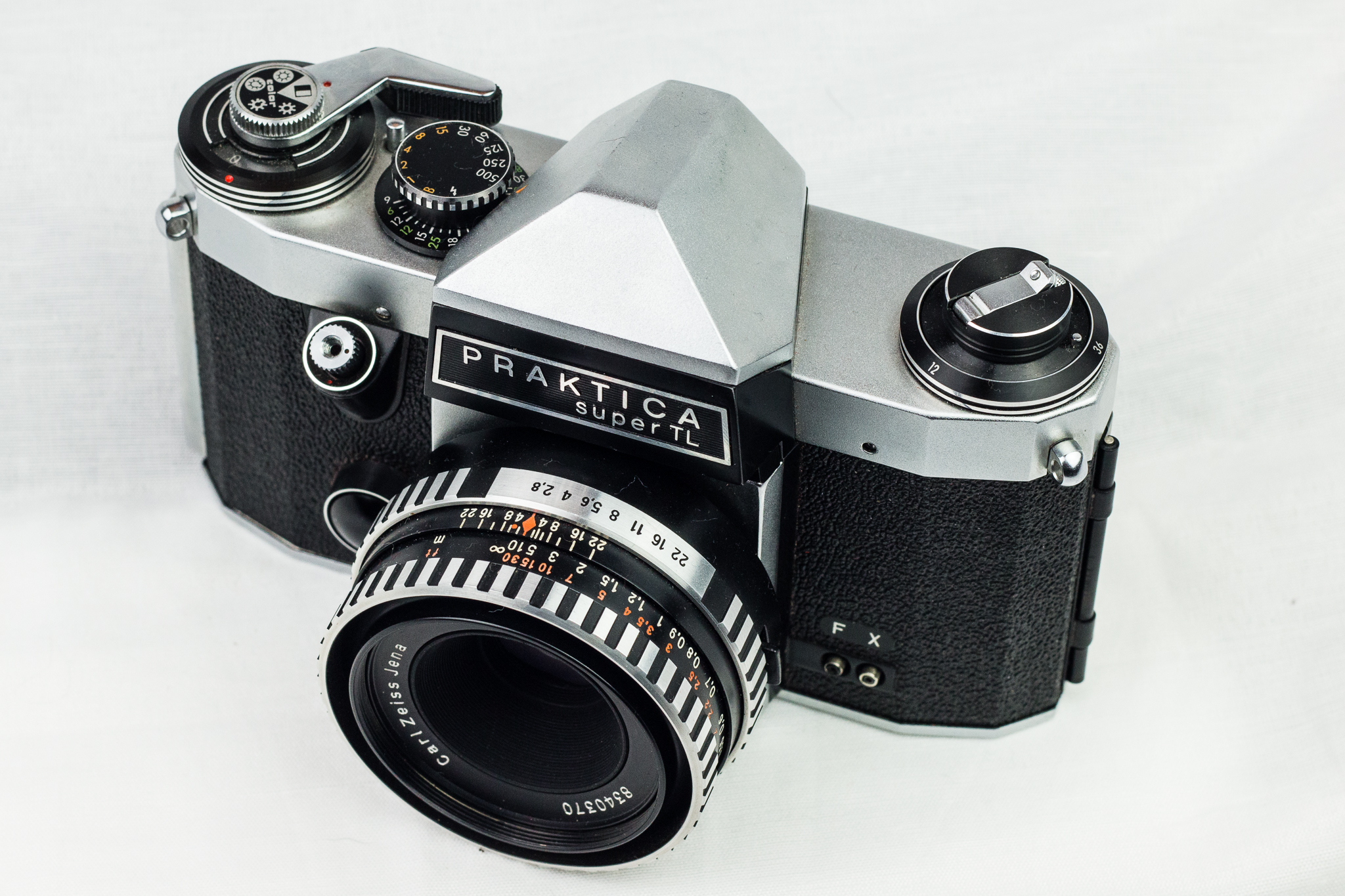 Praktica super tl serialforeigner photo