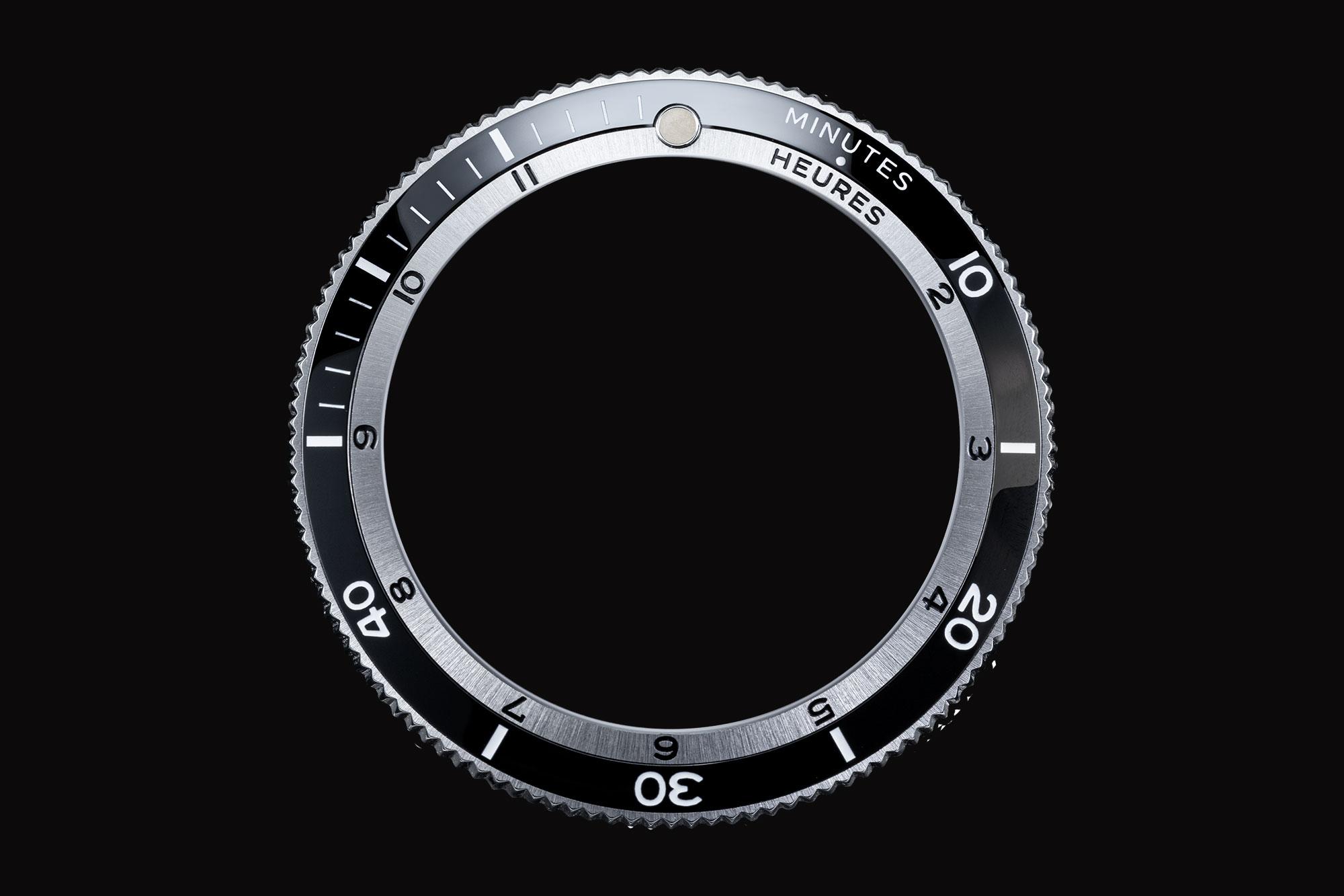 Serica 5303-1 Black Bezel