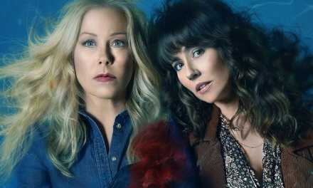 Dead to Me : la comédie noire renouvelée pour une saison 3 sur Netflix
