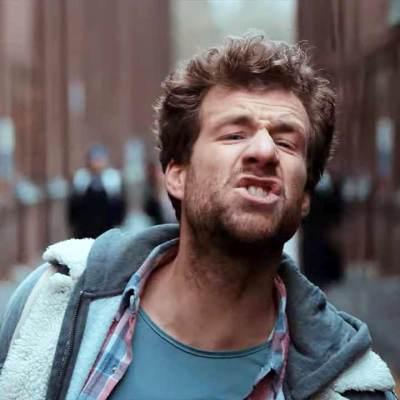 ÜberWeihnachten: Trailer & Infos zur Netflix-Serie mit Luke Mockridge