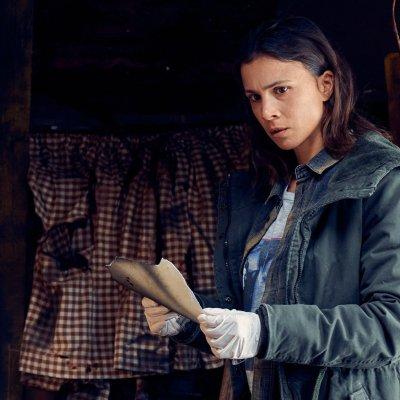 Unbroken: Alles, was man zur ZDFneo Dramaserie mit Aylin Tezel wissen muss