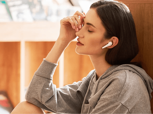 1MORE ComfoBuds Review: A Tale of 2 Radically Reimagined Earbuds