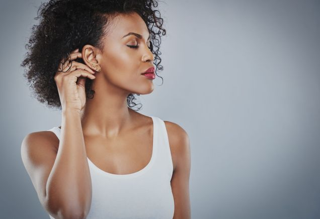 How To Increase Hair Growth By Stopping Hair Loss is not the easiest thing to do. All too often, women who are fighting with hair loss and/or want faster hair growth on not doing the right things. We've got the best tips to follow.