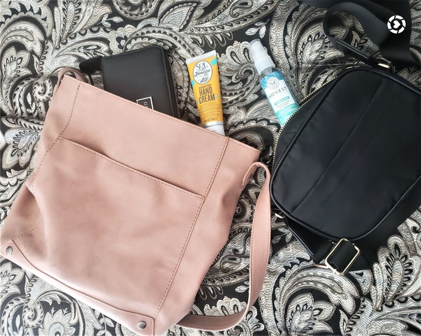 Summer Bags & Essentials 2020, What's In Your Bag?