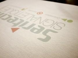 Motif en couleurs sur t-shirt