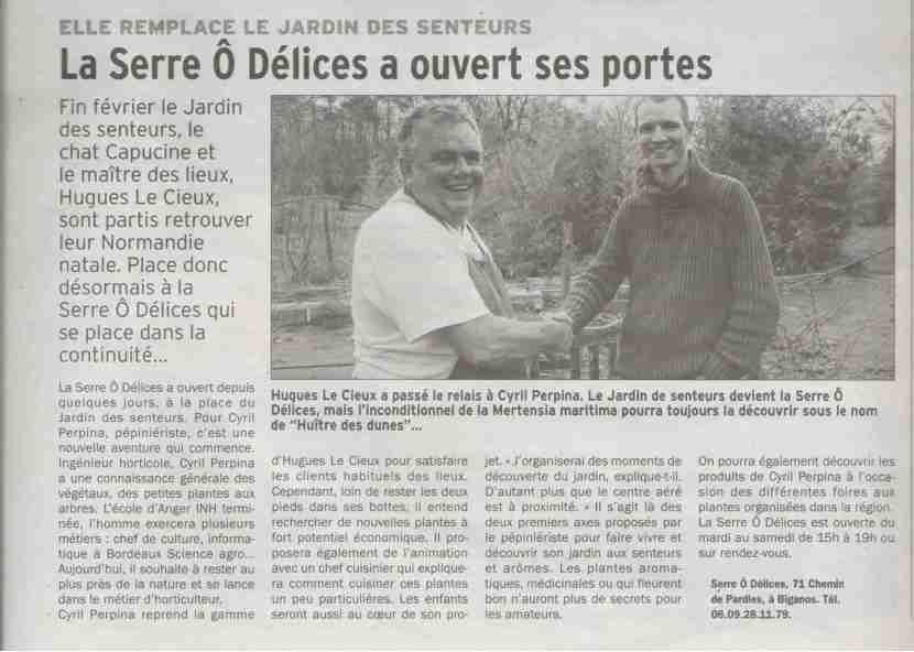Passation d'huîtres végétales entre M. Le Cieux - Jardin des senteurs et Cyril Perpina - Serre Ô Délices