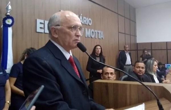 Morre Ivanes Lacerda, ex-prefeito de Patos, devido a complicações da Covid-19