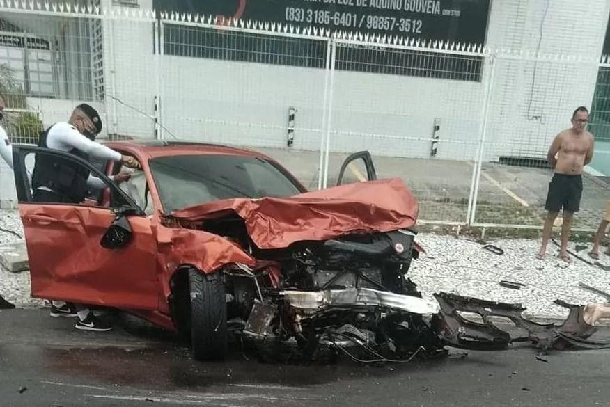 Perito diz que BMW envolvida em acidente que matou baterista da Tuaregs teve perda total e só poderia transitar em pistas de corrida