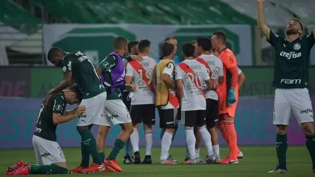 Haja coração! Palmeiras leva sufoco, perde do River, mas vai à final da Libertadores