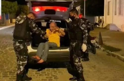 Popular é morto a golpes de faca-peixeira em Pombal; Suspeito é preso em flagrante