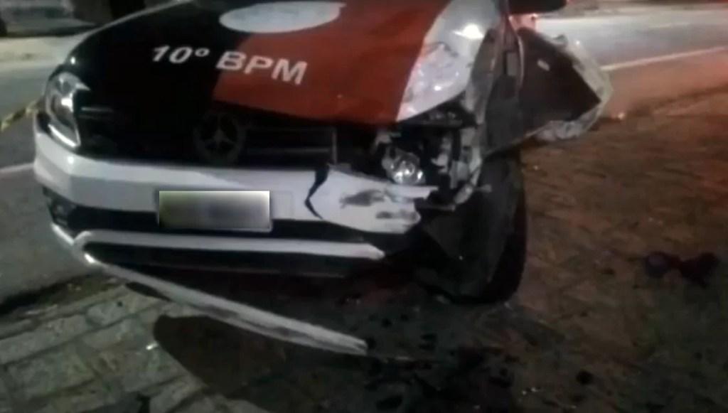 Suspeito morre e outro fica ferido após acidente durante perseguição policial